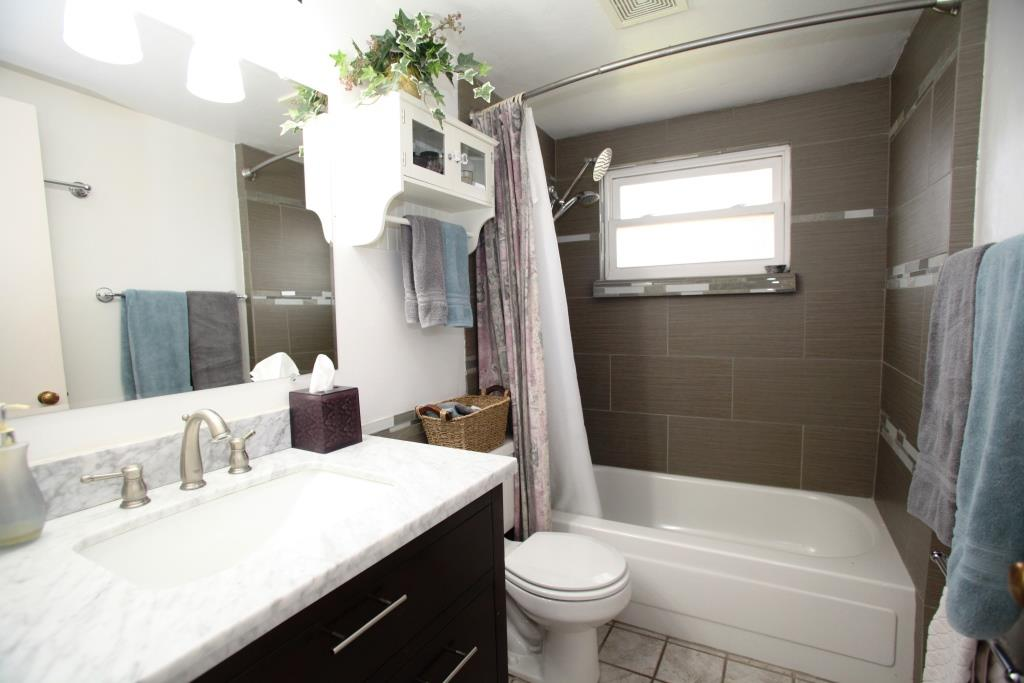 Tucson Bed and Breakfast Cottage Clean Bathrooms