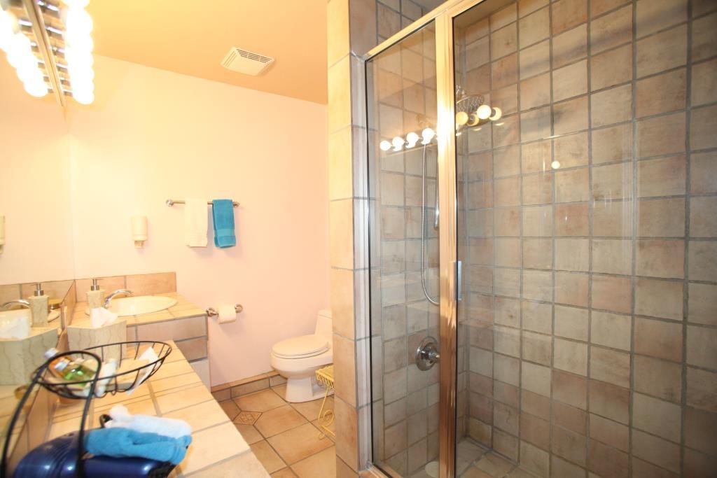 Tucson B&B Clean Bathrooms
